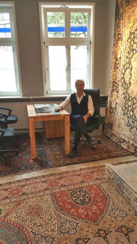 galerie teppich kunst dipl designer a bolurtschi. Black Bedroom Furniture Sets. Home Design Ideas